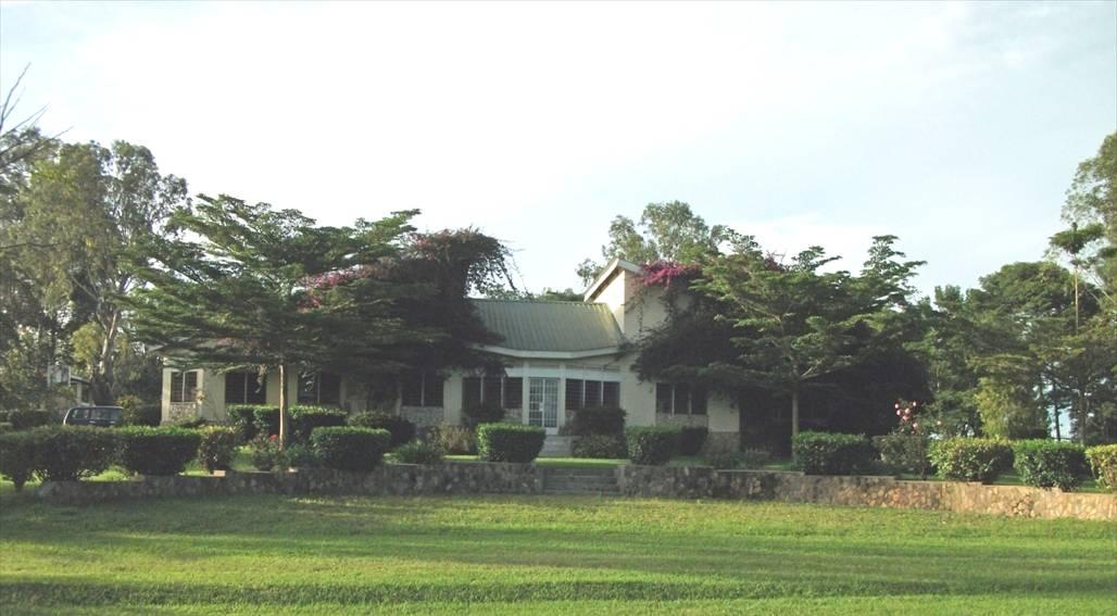Kahangi Estate Farm House 2012