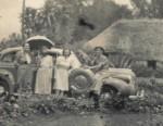 Family meeting at Kahangi Estate in 1940